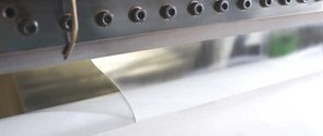 Non-contact adhesive coating head