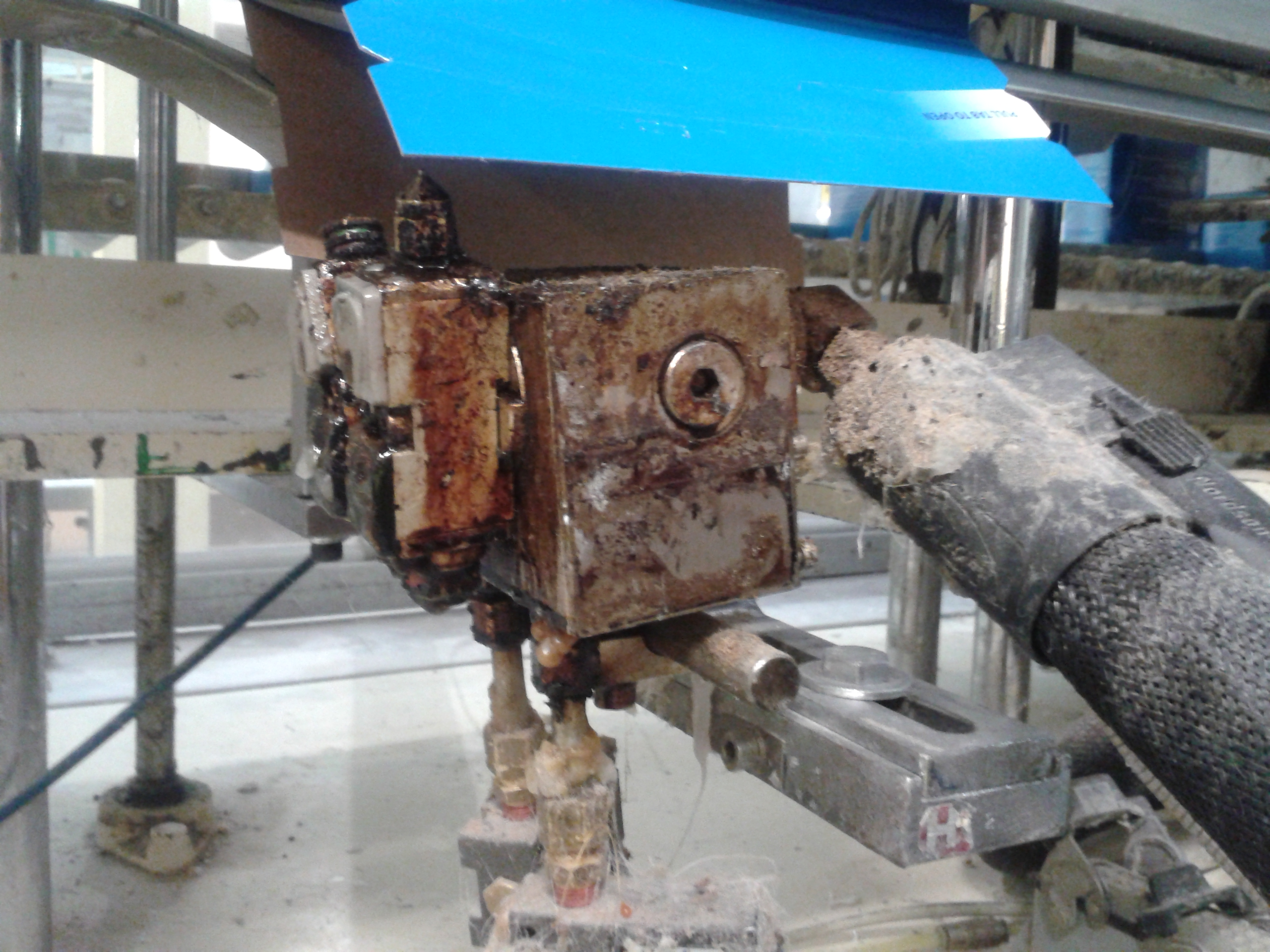 Nordson H200 jetting head for flap seal